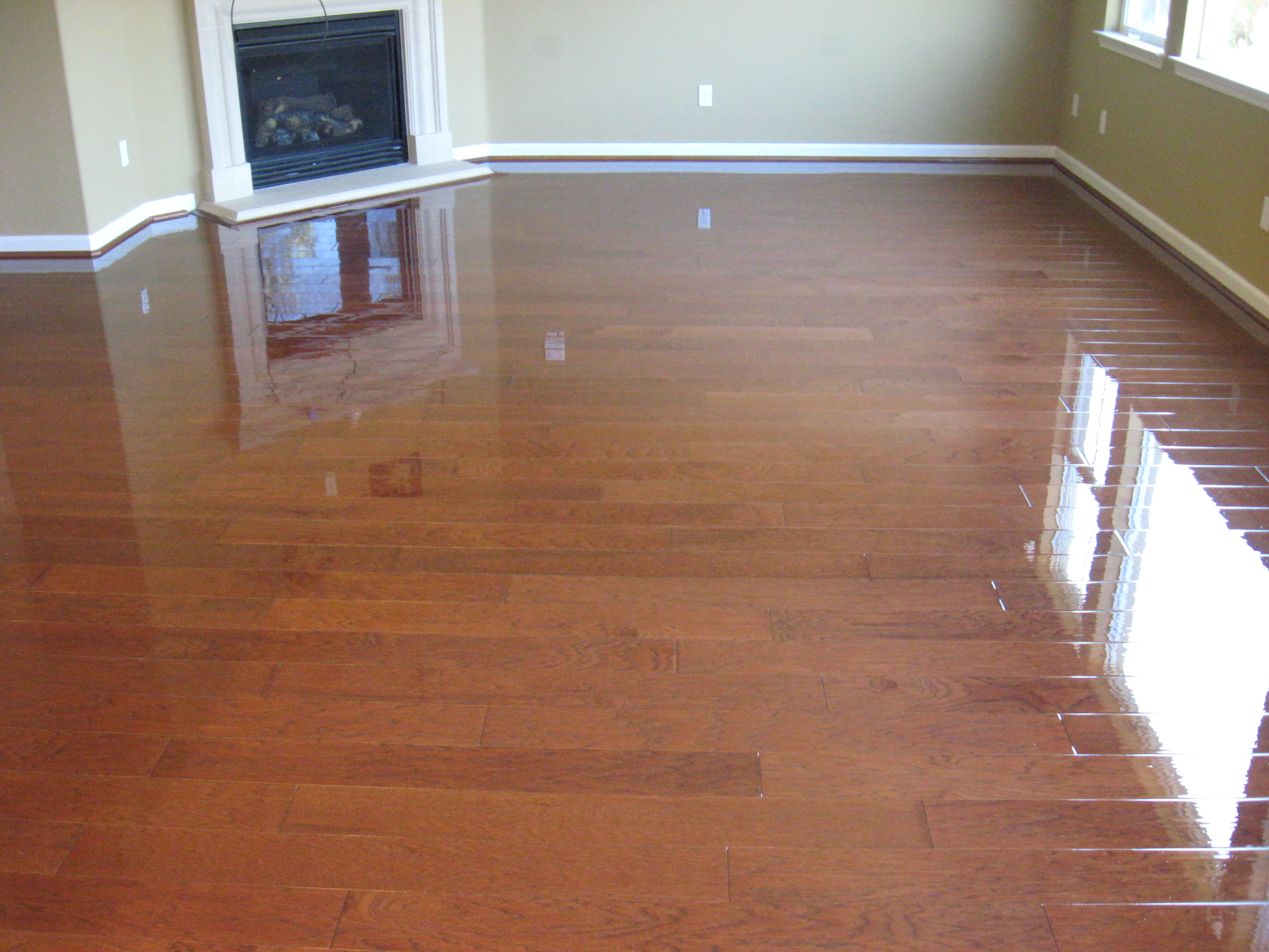 Best floor for you discount flooring blog for Floating hardwood floor